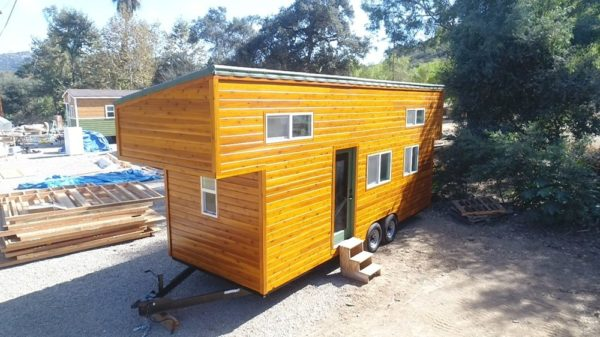 24 Modern Caravan by Tiny House Cottages_002