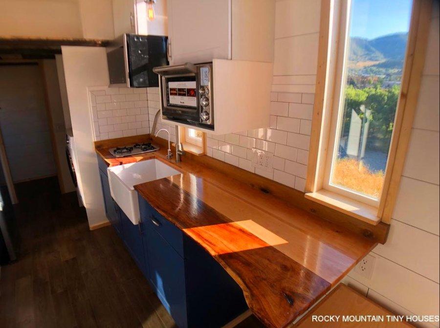 24-ft Timberwolf Tiny House by Rocky Mountain Tiny Houses 004