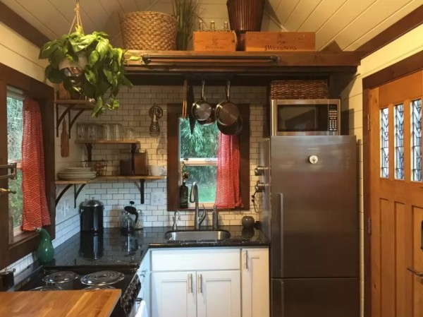 240 Sq. Ft. Tiny House in Seattle 002