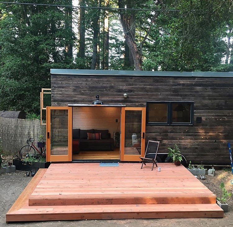 250 Sq. Ft. DIY Tiny House On Wheels