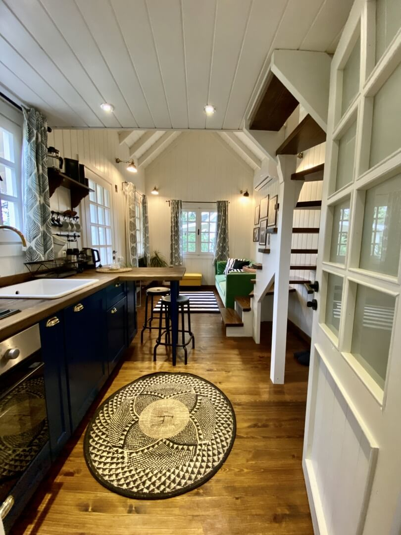 Tiny House Red Door Boutique Vacation in Turkey 11