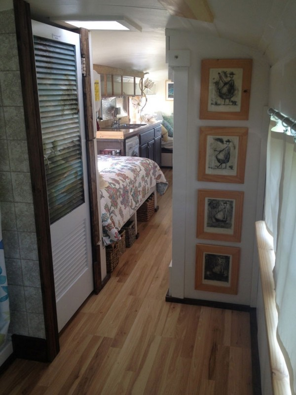 $2k School Bus Converted into Amazing DIY Motorhome