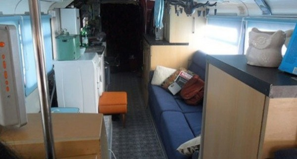 3 Bedroom Double Decker Bus Motorhome 01
