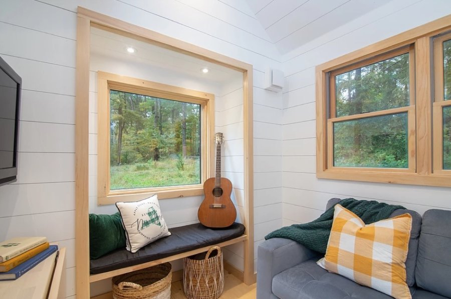 30-ft Tiny Farm House with First Floor Bedroom The Burmenbov by Willowbee Tiny Homes 003