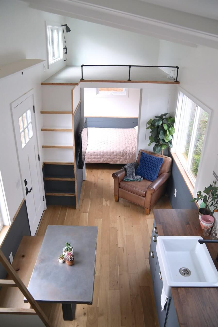 31ft Legacy Tiny House by Handcrafted Movement 007