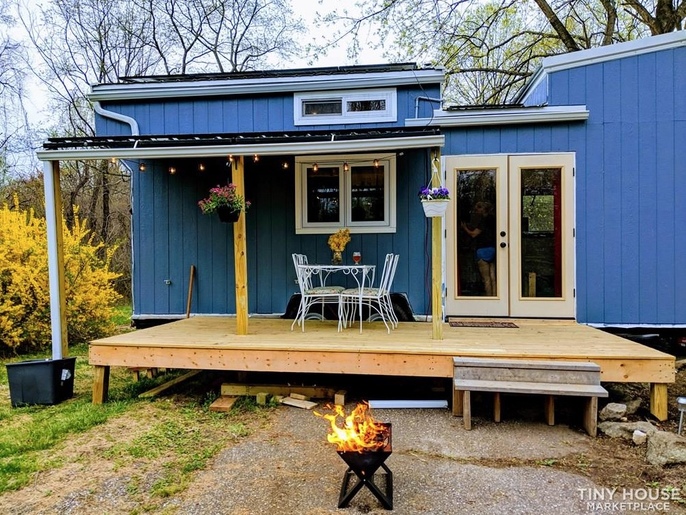 32 Foot Off Grid Tiny House W Solar System For Sale