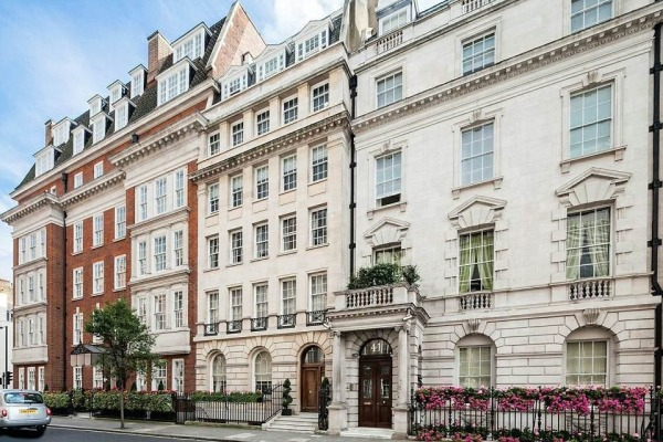 328-sq-ft-studio-for-sale-in-mayfair-london-001