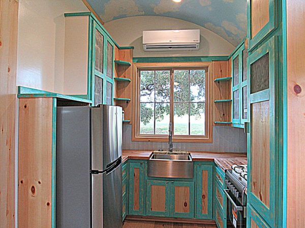 33ft Tiny Home on Wheels For Sale in Burton Texas