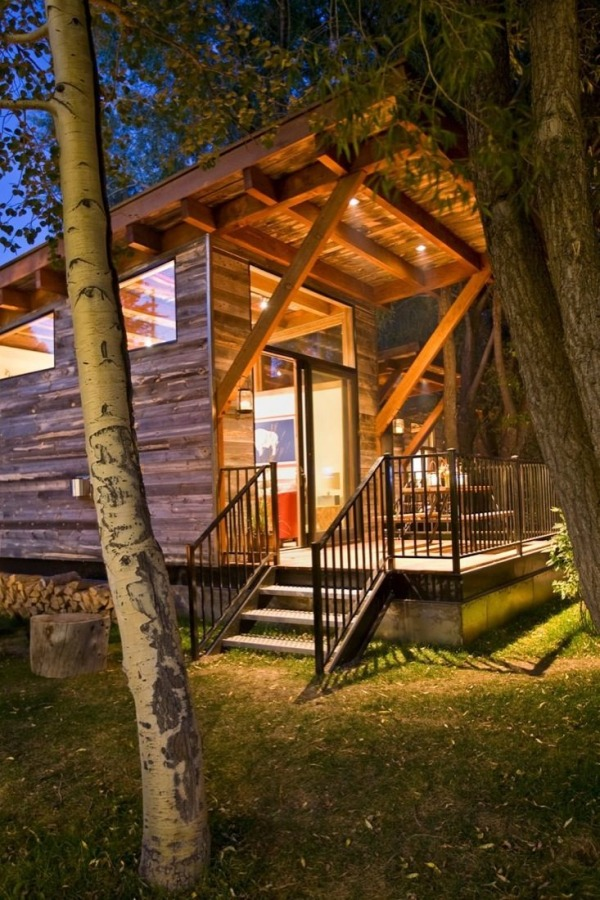 400-sq-ft-cabin-by-wheelhaus-the-wedge-0009
