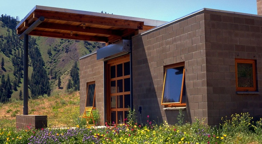 450 sq ft concrete block tiny home for Cement block homes