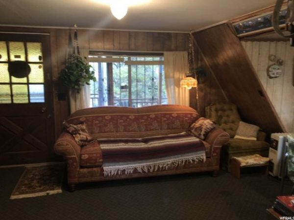 45k Tiny A-frame Cabin in Fruitland For Sale 005