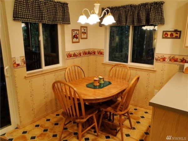 480 sf tiny cabin in the woods for sale 005