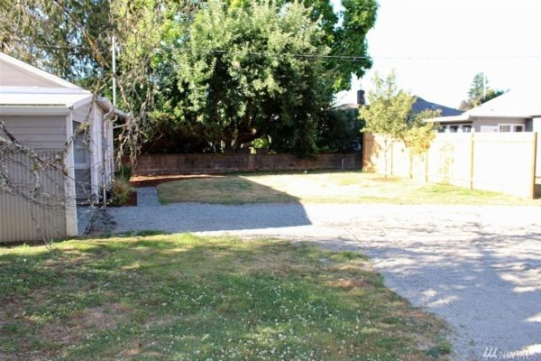 504 Sq Ft Tiny Cottage on a Foundation in Olympia For Sale 0011