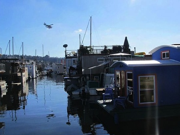 550-sq-ft-housebarge-houseboat-in-seattle-for-sale-002