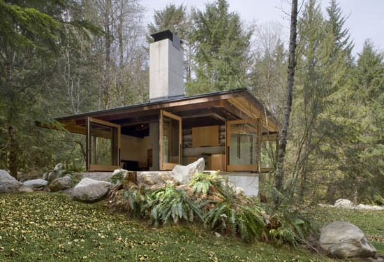 600 Sq. Ft. Tye River Cabin in Washington