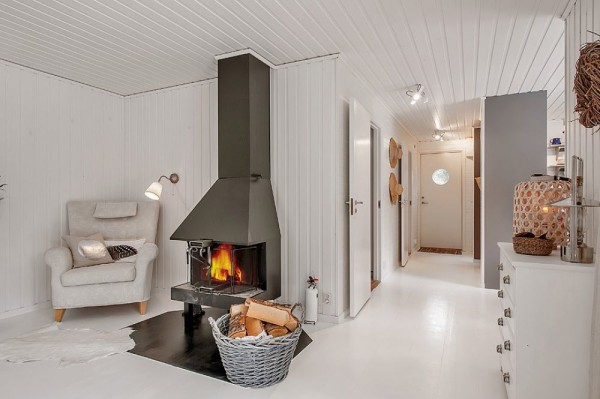 613 Sq. Ft. Small House in the Woods of Sweden