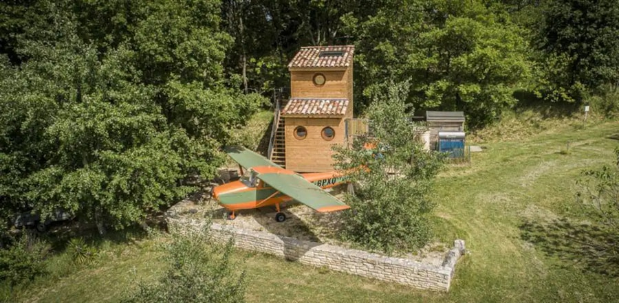Cessna Aircraft and Treehouse 7