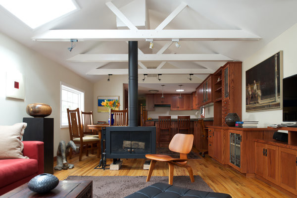 780-Sq-Ft-Historic-Old-Town-Chicago-Cottage-002