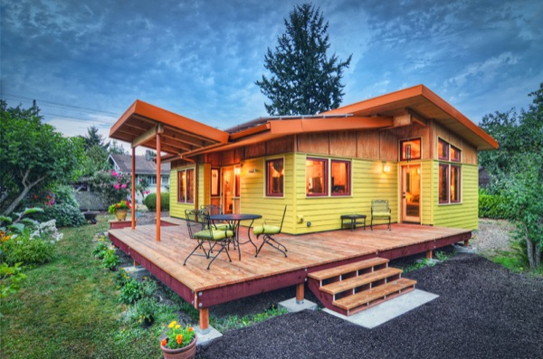 Small House that Feels Big: 800-square-feet Dream Home? on