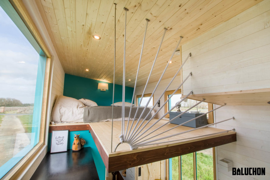 Bold Tiny House with Dog Nook by Baluchon
