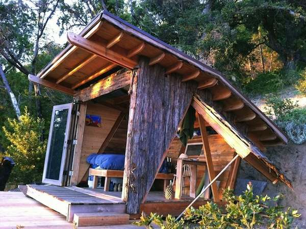 90-sq-ft-hawk-house-micro-cabin-in-big-sur-001