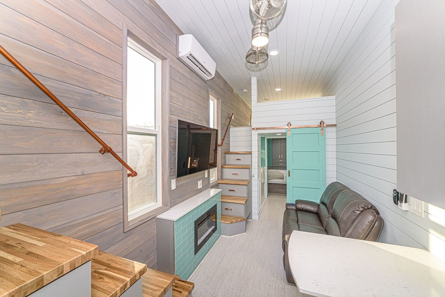 The Culp: This THOW Has a Walk-In Jacuzzi Tub!