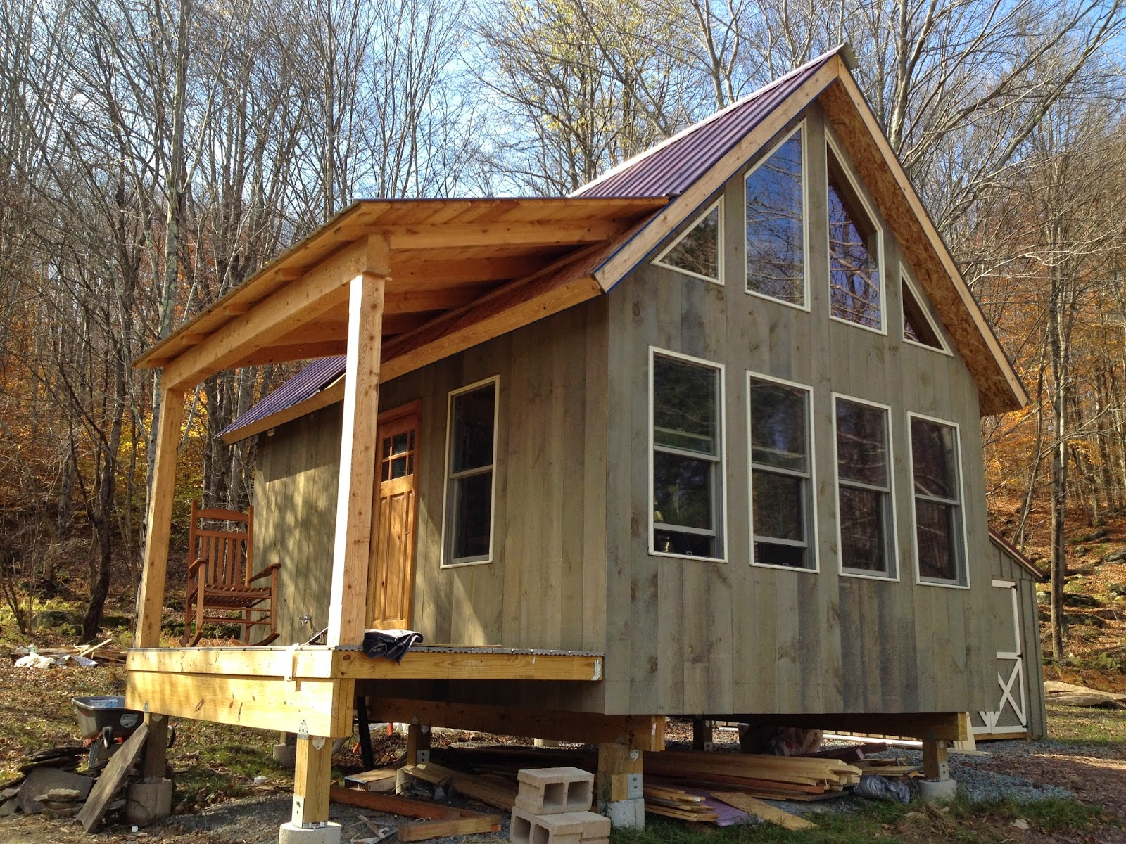 Adam and karen 39 s tiny off grid house for Small easy to build cabin plans