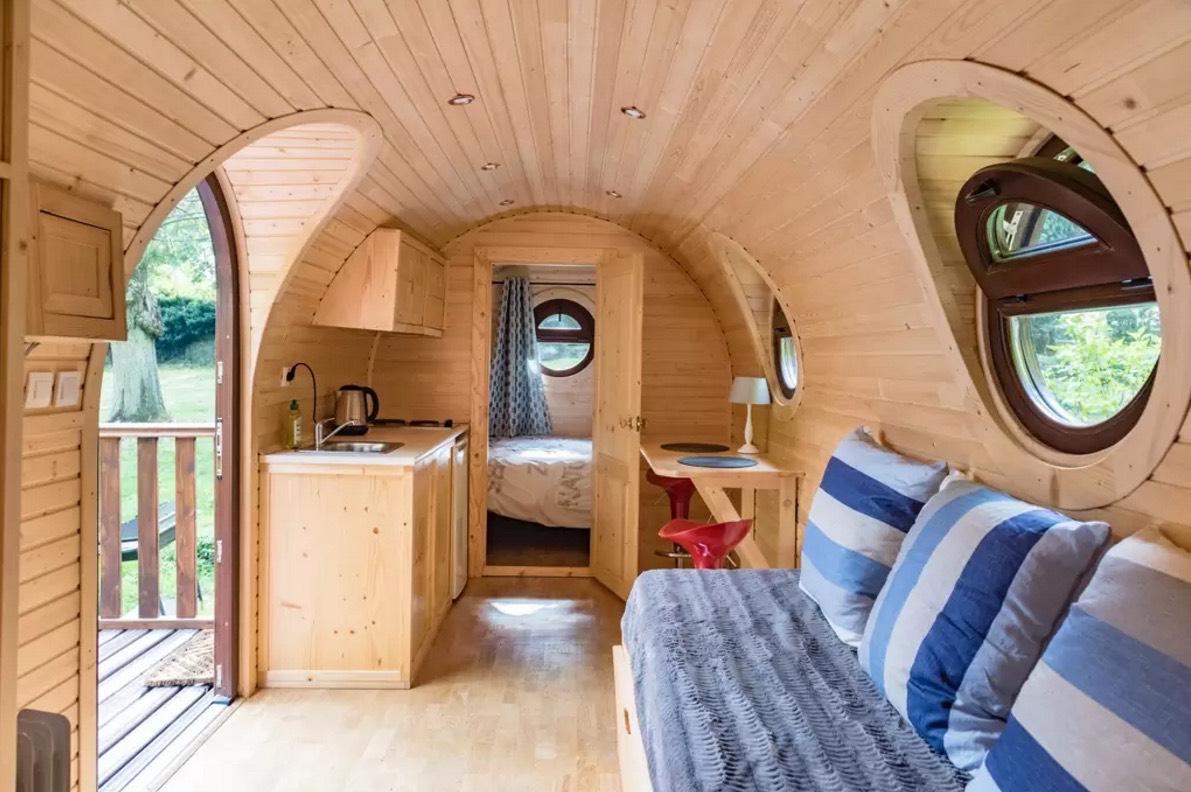 Barrel Tiny House Vacation near Paris, France