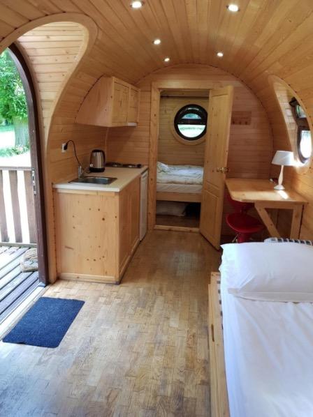 Barrel Tiny House in La Brosse