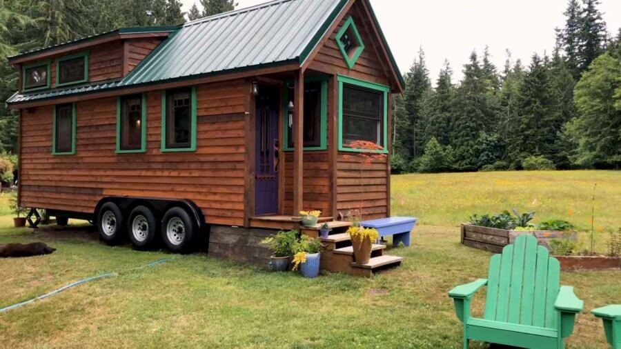 24x8.5ft Beautiful Craftsman Tiny House Offers Financial Freedom