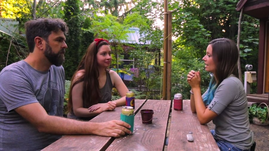 Beers with Tiny Houser Jenna of Tiny House Giant Journey via Tiny House Expedition 001