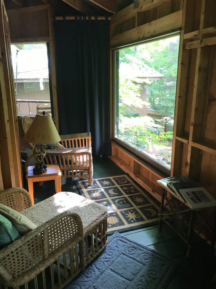 Bibliophile's Magical Yurt Treehouse 9