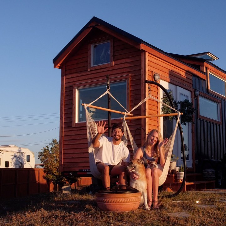 Bornandbound Tiny House Couple 004