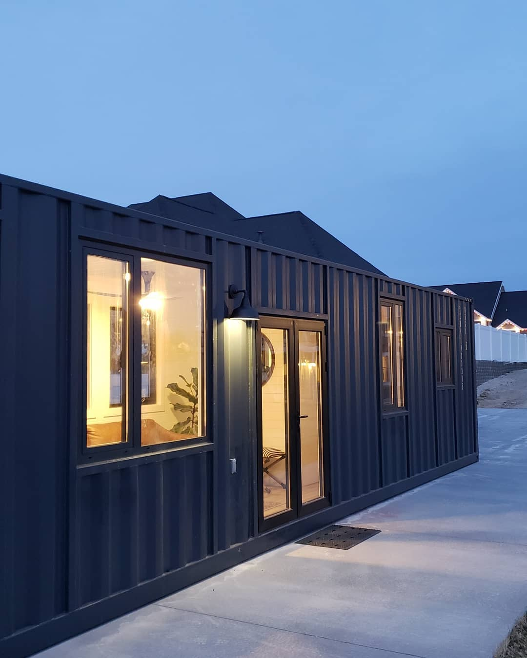 40ft High Cube Shipping Container Tiny House