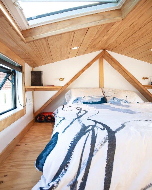 Camandas Love-Shack Tiny House in New Zealand via camandas_tinyhouse-Instagram 0023