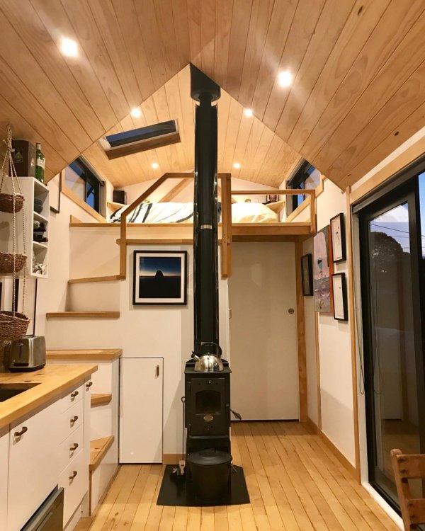 Camandas Love-Shack Tiny House in New Zealand via camandas_tinyhouse-Instagram 0033