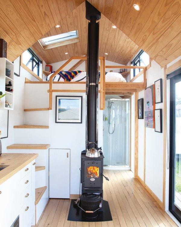 Camandas Love-Shack Tiny House in New Zealand via camandas_tinyhouse-Instagram 005