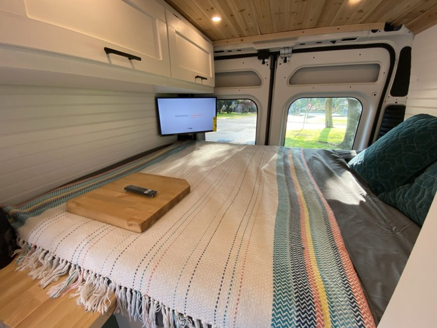Completely Converted RAM Promaster 3500 with Full Bath 5