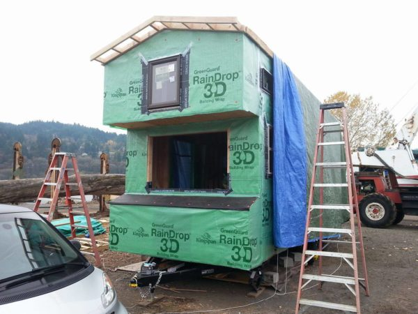 Couples 20k DIY Tiny House Construction 0015