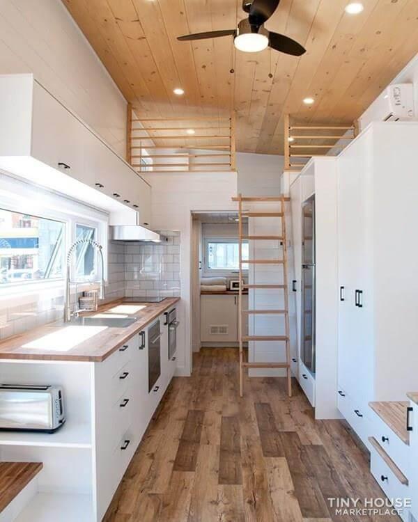 Deluxe Tiny house2