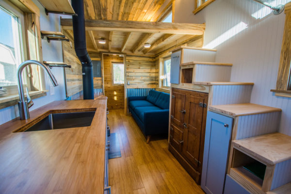 Dennis 24 MitchCraft Tiny House 0021