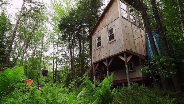 Diedricksen Brothers Tiny Cabin Escape in Northern Vermont