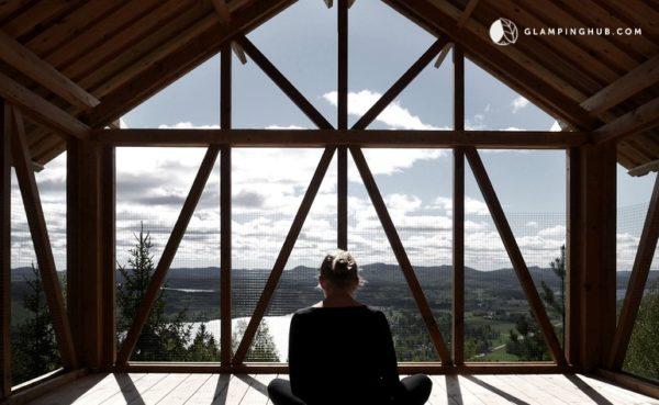 Elevated Zen Cabin Vacation in Sweden 004