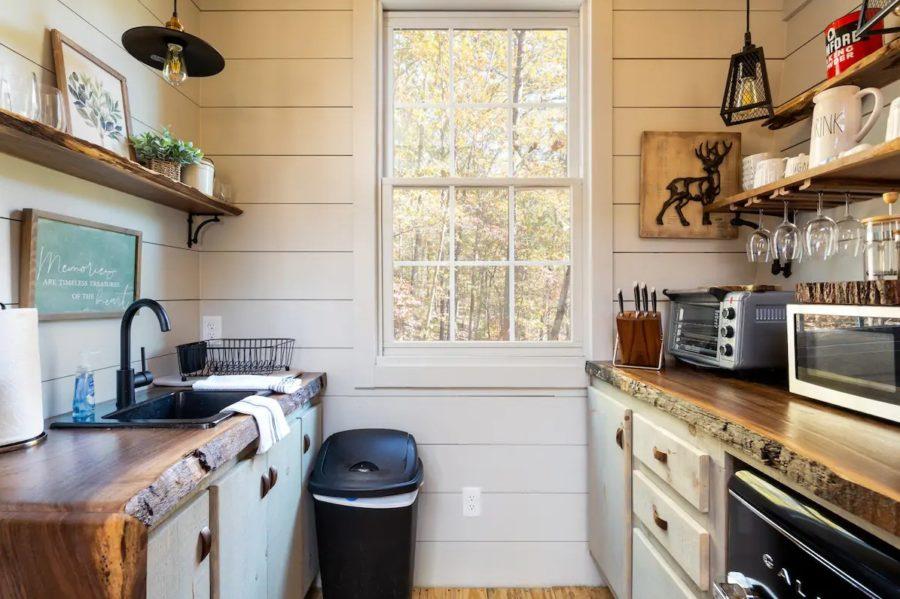 Enchanting Tree-Cabin Dawsonville GA via Debra-Airbnb 009