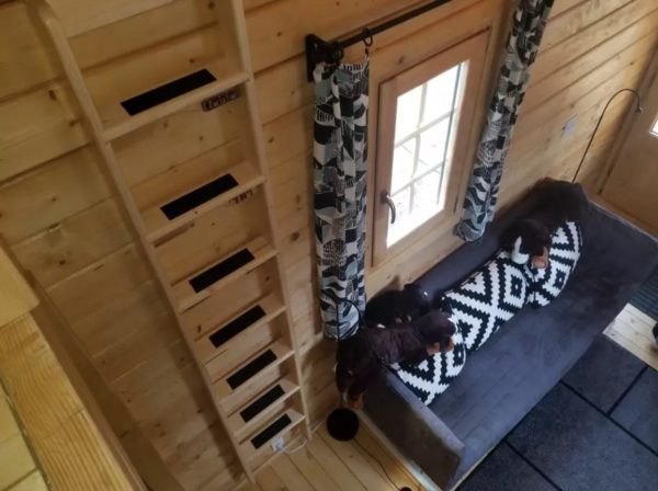 EuroCabin Log Cabin Tiny House Vacation on South Prairie Creek 0016