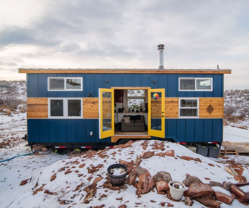 Carrie and Dan's 28′ x 10′ Tiny Home
