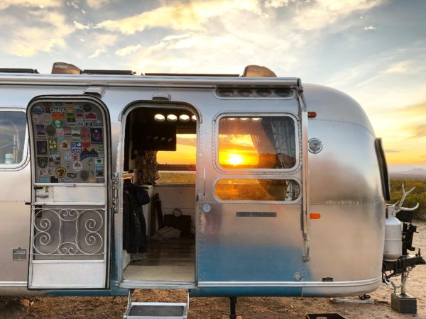 Family of 6 Traveling Full-Time in 1972 Airstream-015