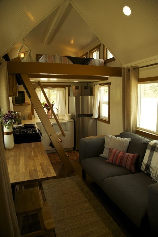 family-of-fours-utah-tiny-home-007