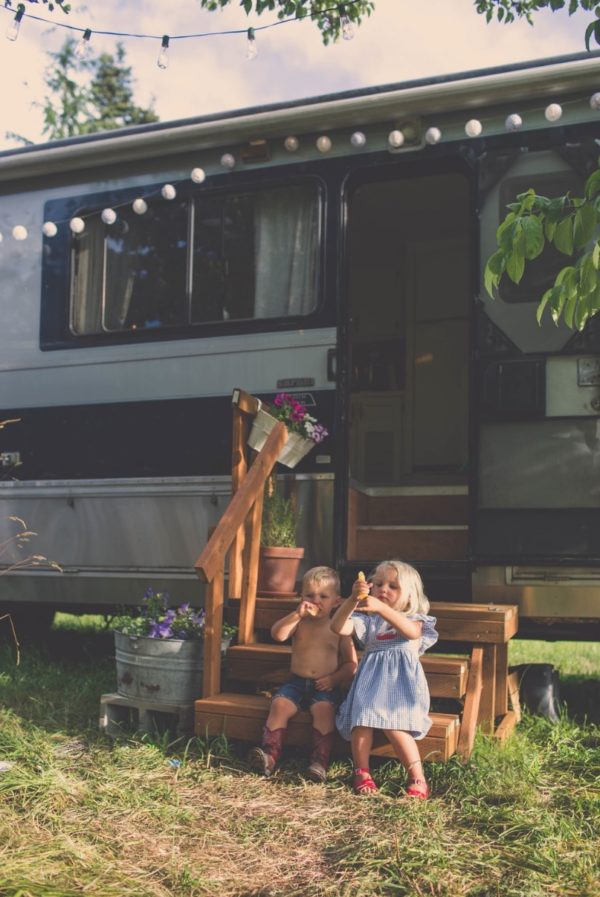 Familys Bus Tiny Home 0039