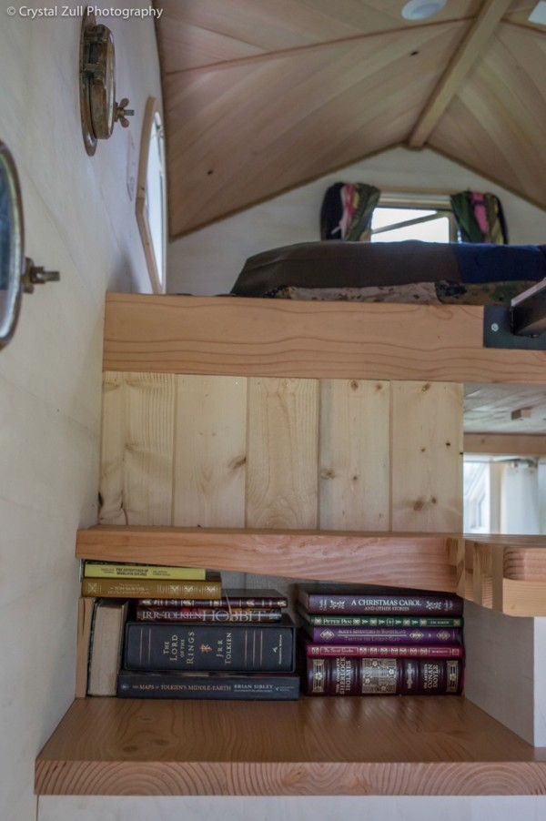 Family's Life in their Beautiful Tiny Home 0033